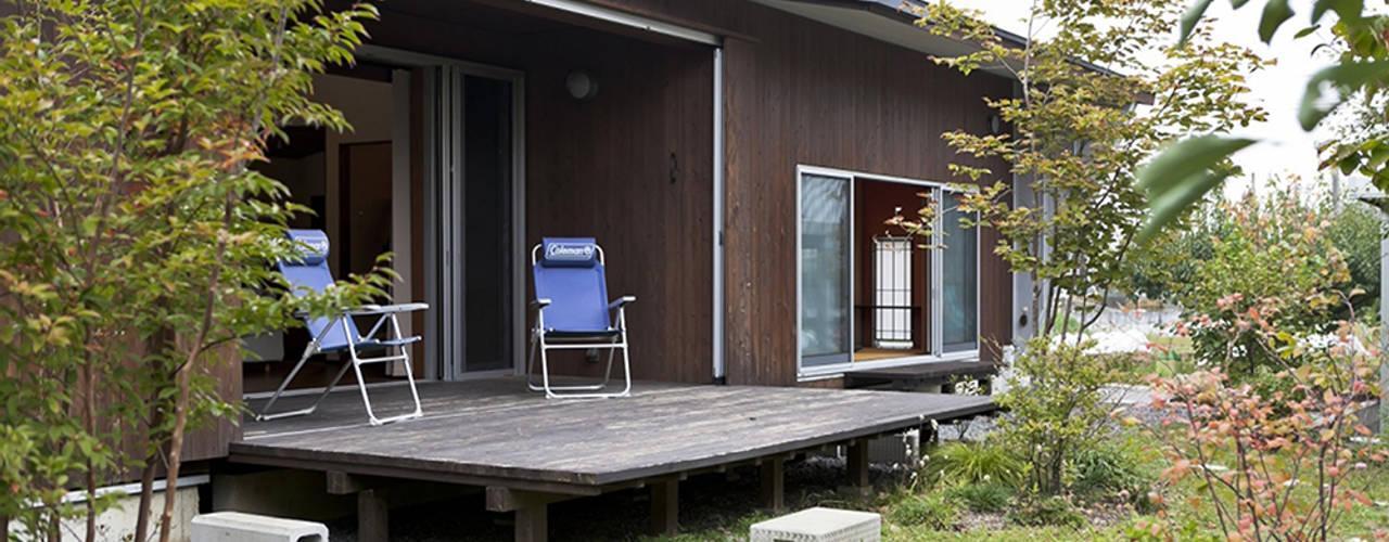 Rumah Modern Oleh デザイン・ラボ 一級建築士事務所 Modern