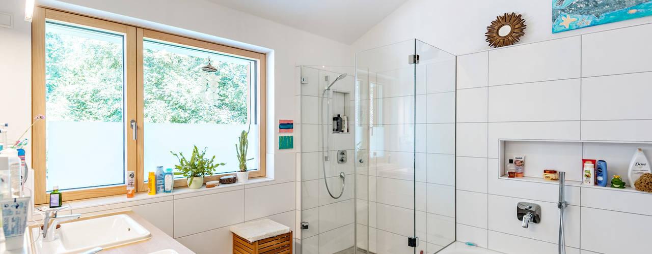 Phòng tắm by Architekturbüro Schaub