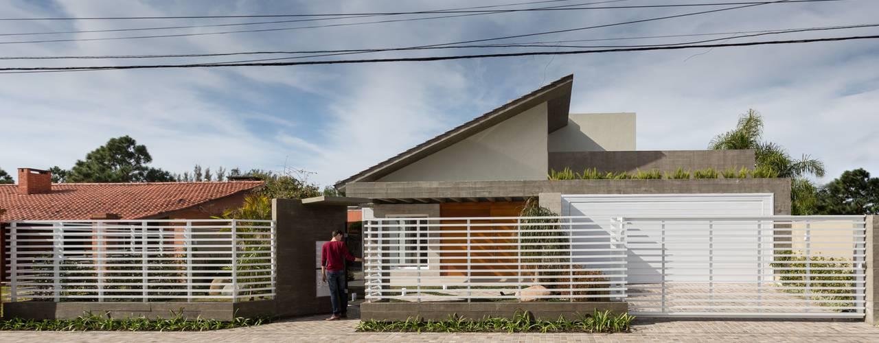Casa Bressan por Ramella Arquitetura Moderno