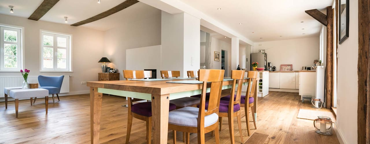 Country style dining room by Hardenberg Design GmbH Country