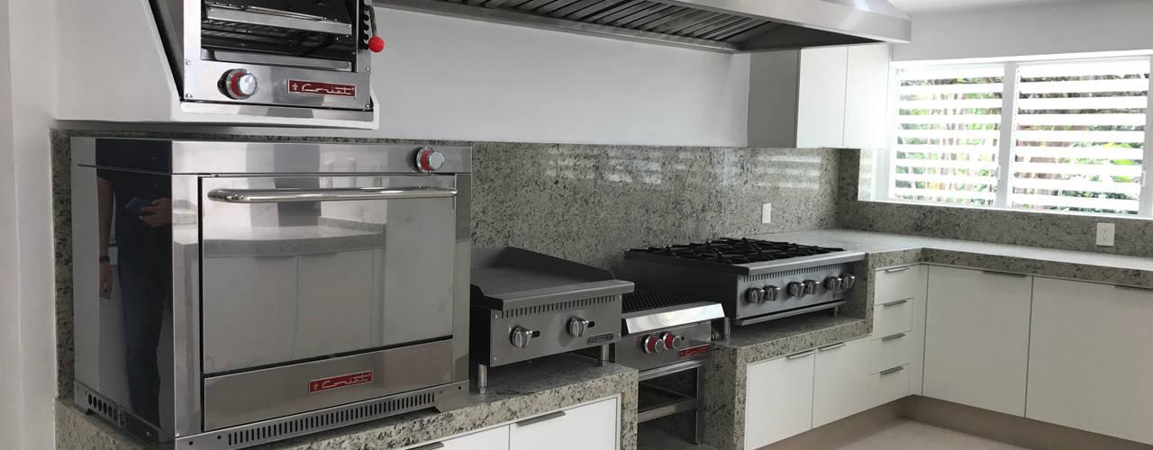 Cocina melamina blanca y campana Inovardi Muebles de cocinas Madera Blanco