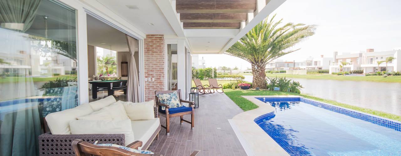 Casas de estilo moderno por Arquiteto Vinicius Vargas