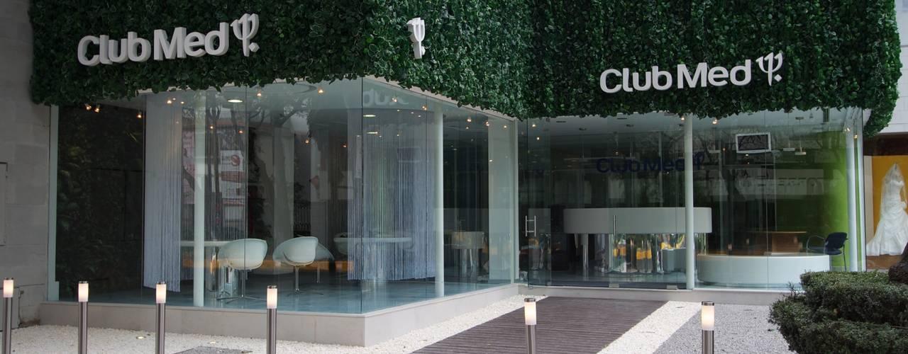 Club Med México: Estudios y oficinas de estilo  por Ariel Rojo Design Studio