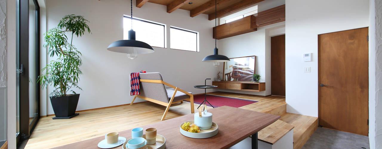 by zuiun建築設計事務所 / 株式会社 ZUIUN Modern