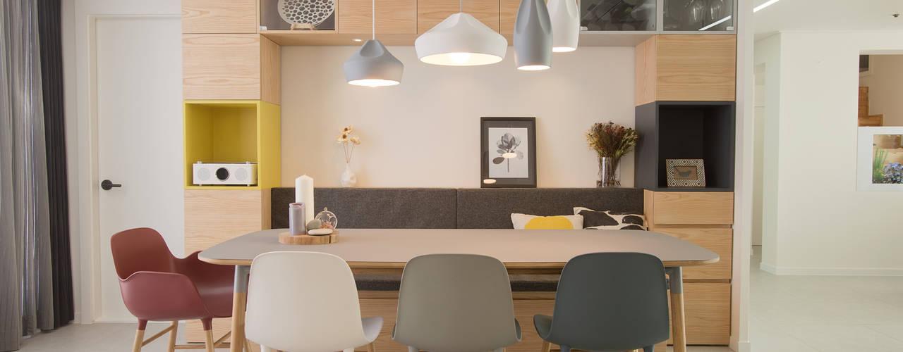 가족의 행복한 추억을 담다_분당 복층아파트 리모델링: (주)바오미다의  다이닝 룸