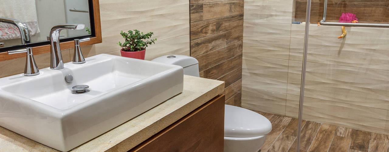 Baños de estilo moderno de SANTIAGO PARDO ARQUITECTO Moderno
