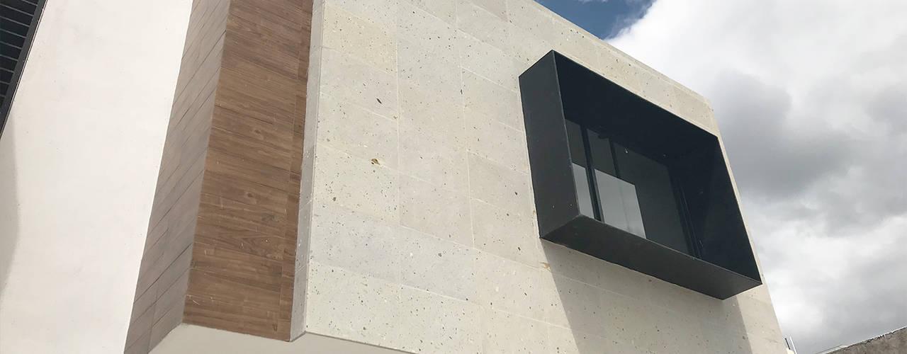 Nhà by disain arquitectos
