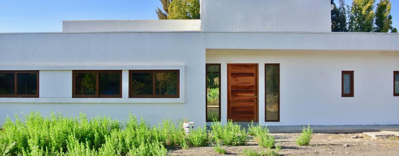 Casa El Algarrobal Casas de estilo minimalista de AtelierStudio Minimalista