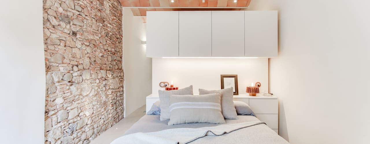Recámaras de estilo mediterraneo por Lara Pujol  |  Interiorismo & Proyectos de diseño