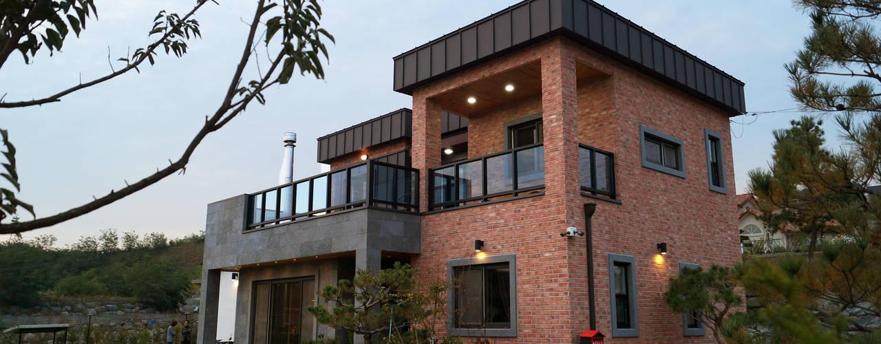Rumah Minimalis Industrial Seluas 200 M