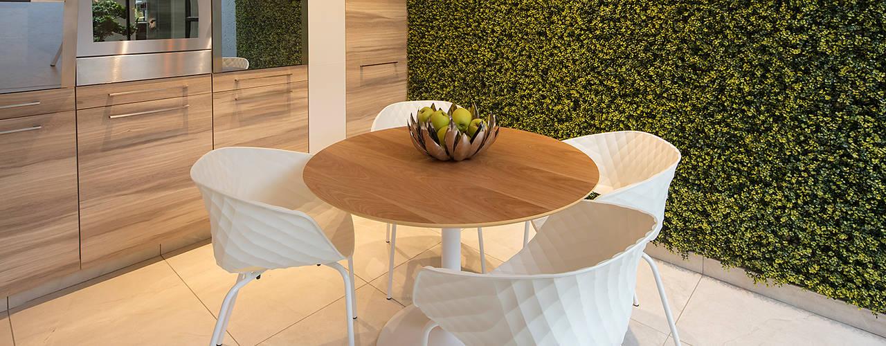 Modern kitchen by Spegash Interiors Modern