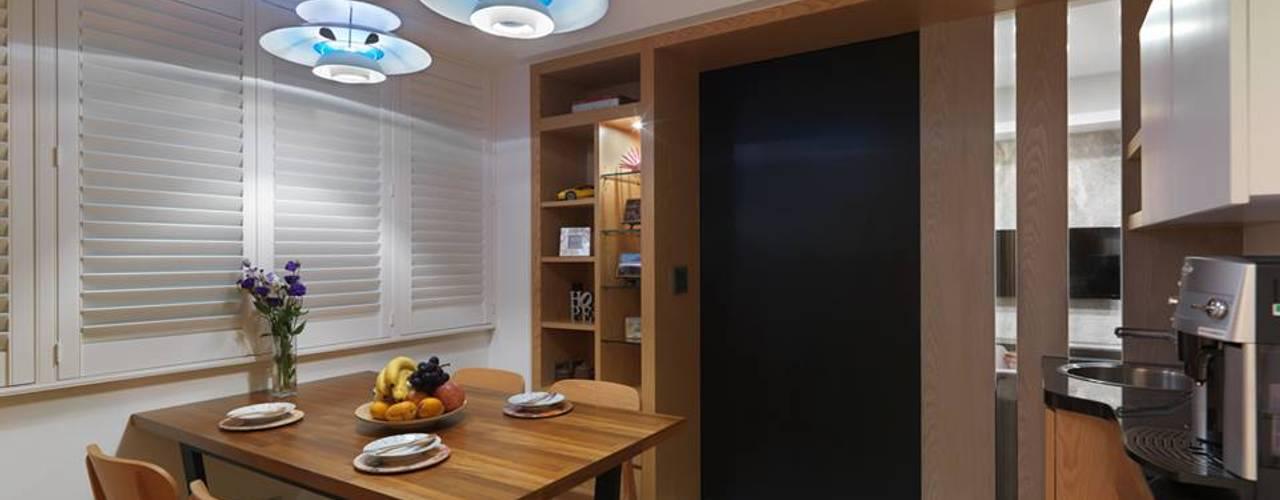 黑板漆拉門:  餐廳 by 禾廊室內設計