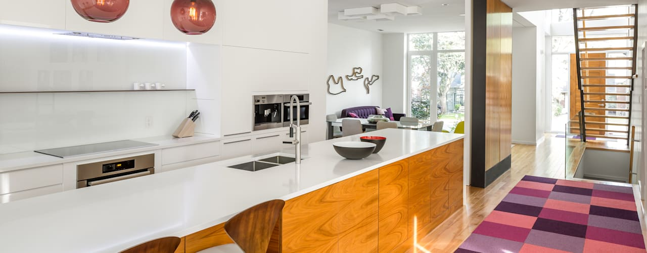 Avenue Road Residence Modern kitchen by Flynn Architect Modern
