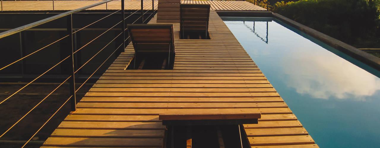 Mediterranean style balcony, porch & terrace by 2712 / asociados Mediterranean