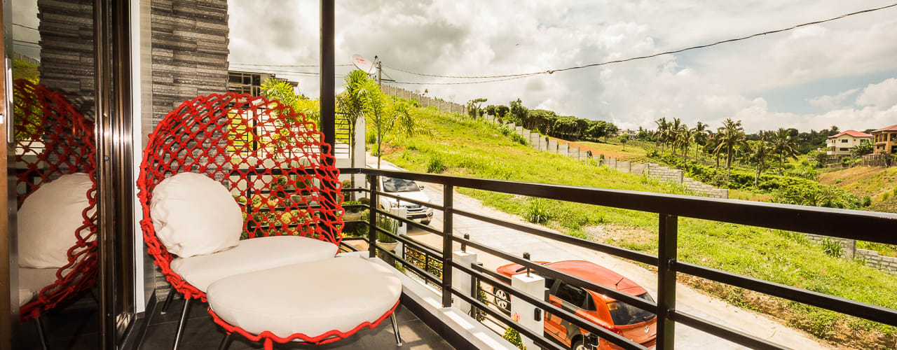 Tagaytay Southridge Estates:  Terrace by TG Designing Corner