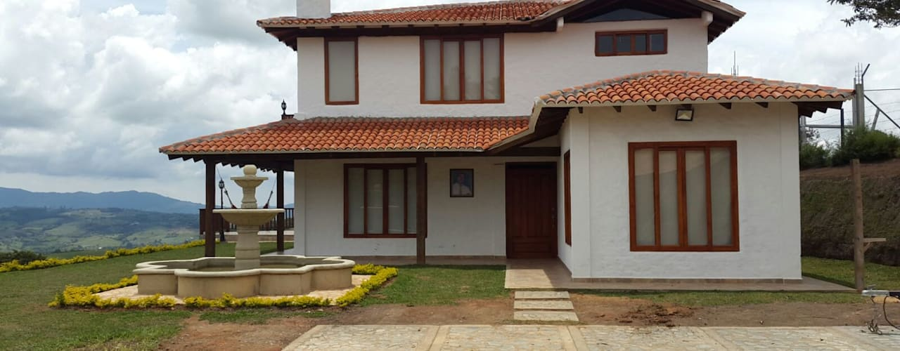 Casa Campestre: Casas campestres de estilo  por Arcor Constructores , Colonial