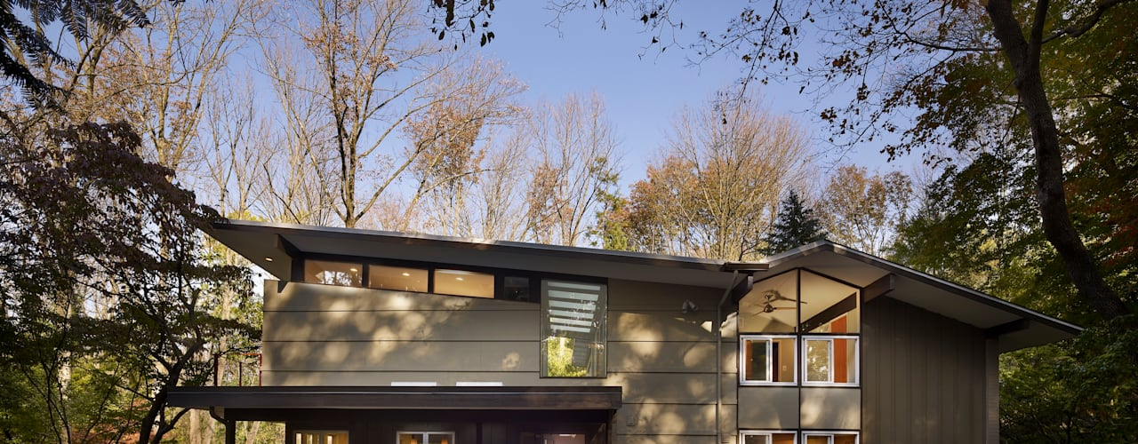 Seidenberg House:  Single family home by Metcalfe Architecture & Design