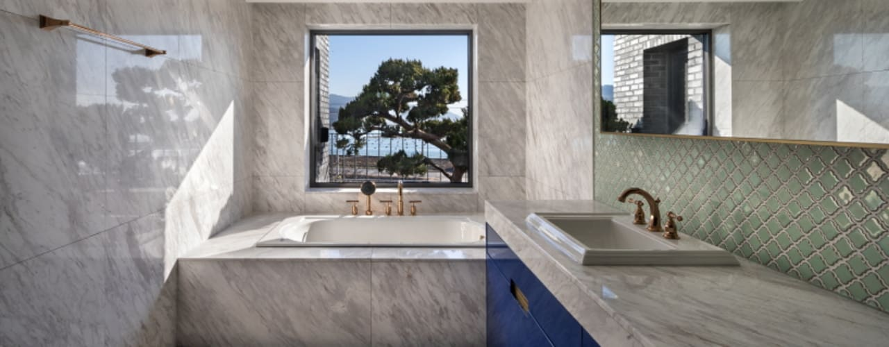 Salle de bain moderne par 'Snow AIDe Moderne