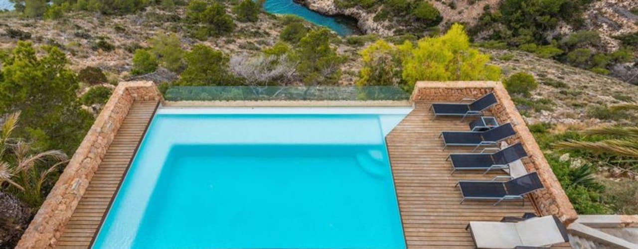 Villa for sale in Roca Lisa directly to the sea CW Group - Luxury Villas Ibiza Villas Concrete Multicolored