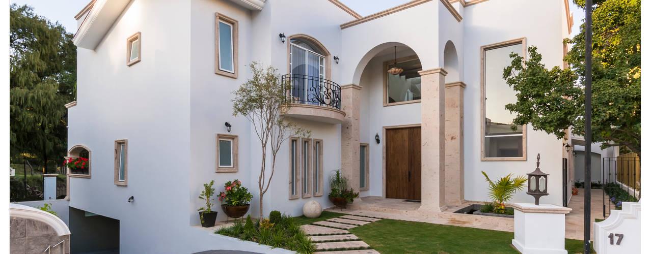 Passive house by Excelencia en Diseño