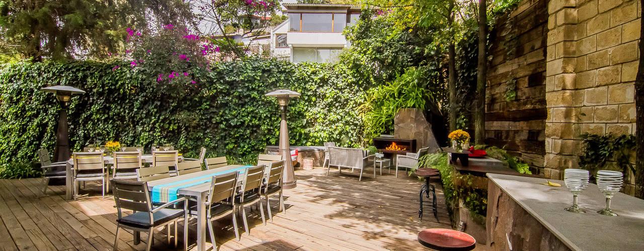 庭院 by HDA: ARQUITECTURA BIOCLIMATICA