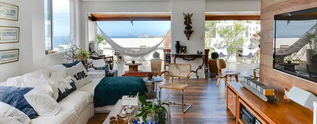 Modern Living Room by Maria Claudia Faro Modern