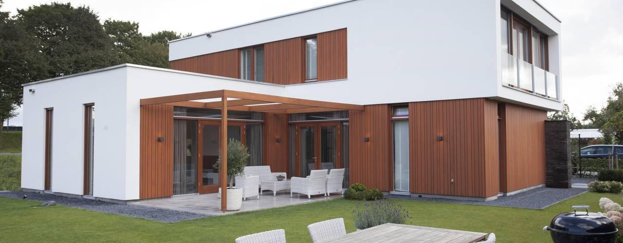 Moderne woning, Krakestee Oud-Beijerland van Thijssen Verheijden Architecture & Management Modern