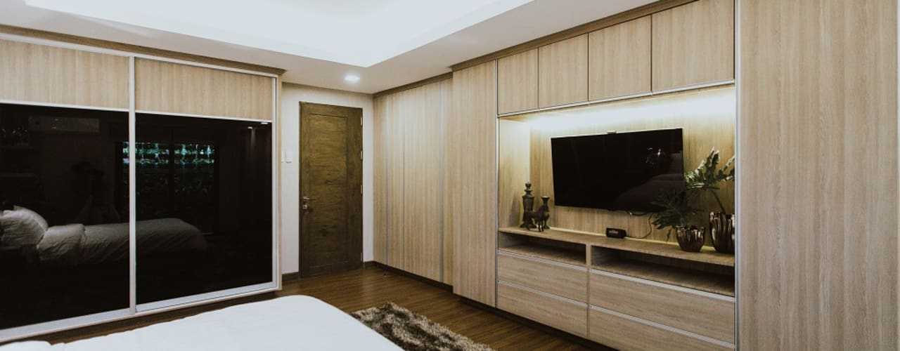 MG House Living Innovations Design Unlimited, Inc. Modern style bedroom