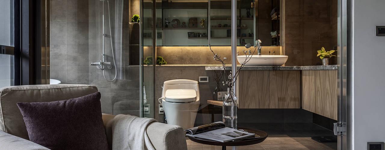 Industrial style bathroom by 漢玥室內設計 Industrial