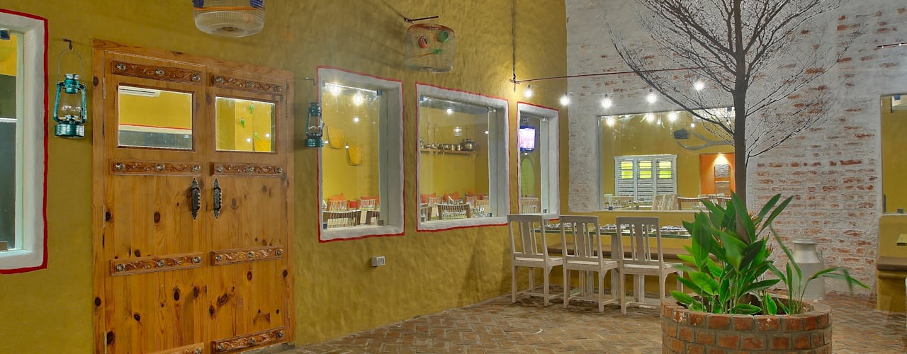 Restaurant, Hitec City Rustic style bars & clubs by Saloni Narayankar Interiors Rustic
