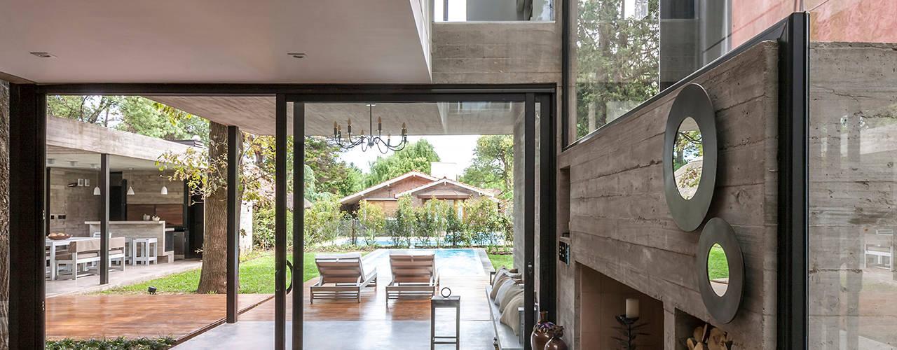 Salas de estar modernas por Besonías Almeida arquitectos Moderno