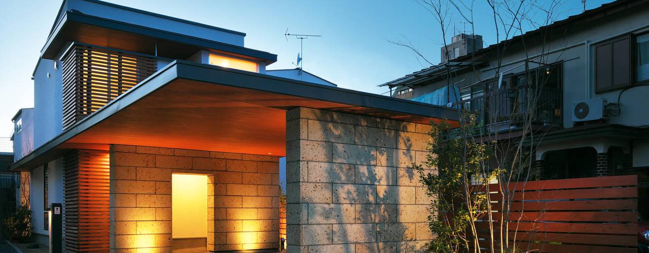 Rumah Modern Oleh かんばら設計室 Modern