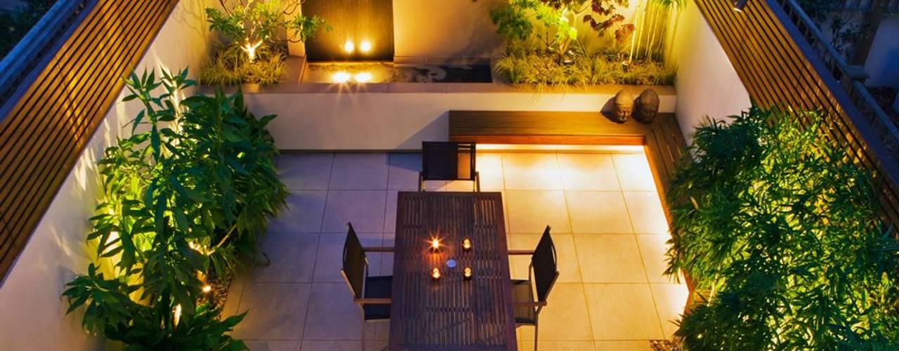 Courtyard garden ideas:  Garden by MyLandscapes Garden Design