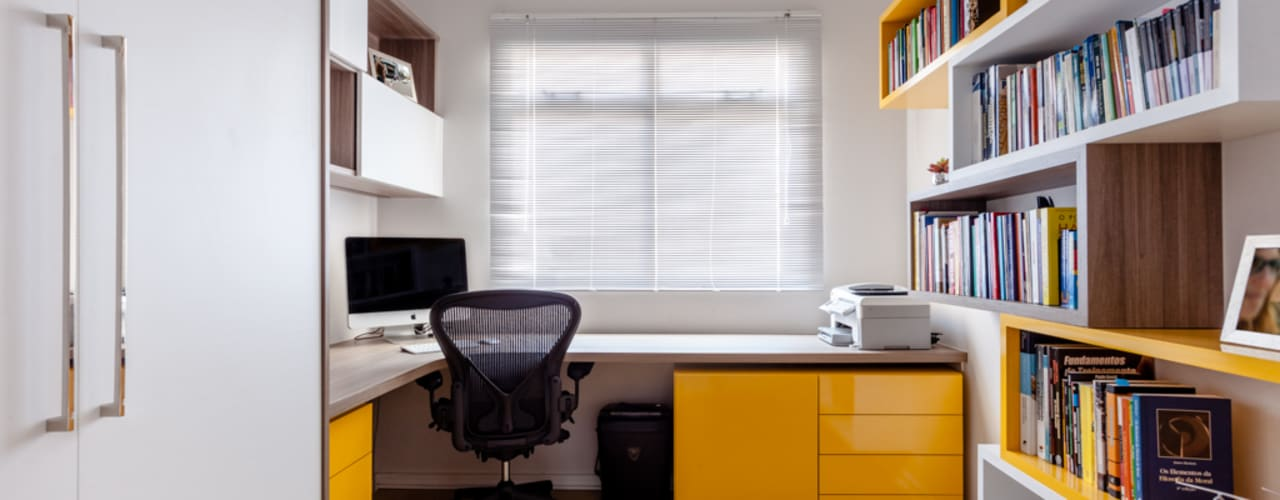 Home Office SE Luciana Ribeiro Arquitetura Escritórios modernos Amarelo