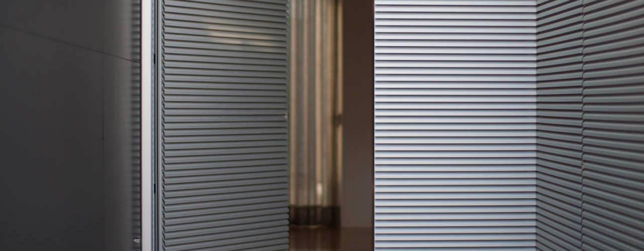 ShiStudio Interior Design Modern style doors