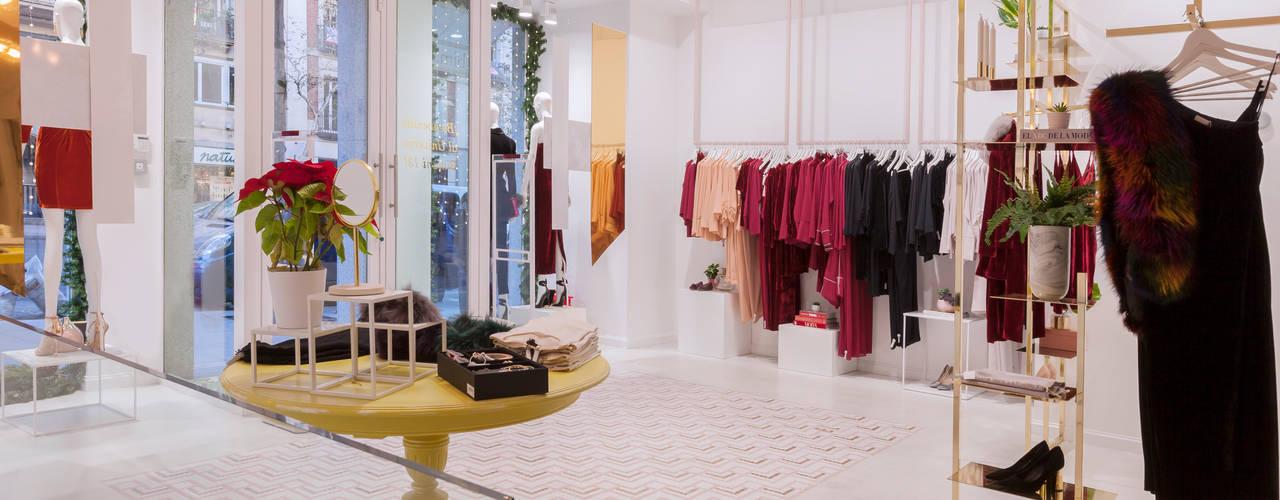 Interiorismo comercial | Tienda de moda en la Calle Velázquez (Madrid): Espacios comerciales de estilo  de Interioristas Dimeic, diseñadores y decoradores en Madrid