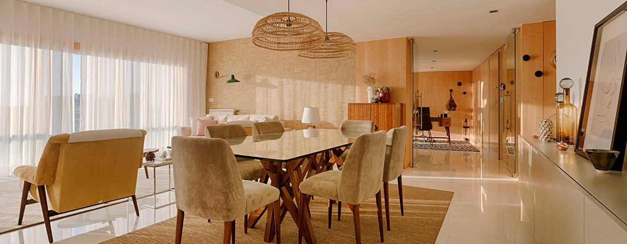 Apartamento T2 em Cascais - SHI Studio Interior Design ShiStudio Interior Design Sala de jantarAcessórios e decoração
