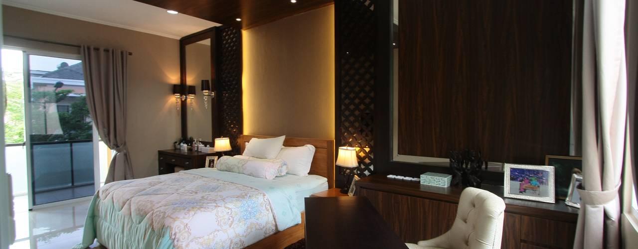 Home sweet home di Grand Galaxy Kamar Tidur Modern Oleh Exxo interior Modern
