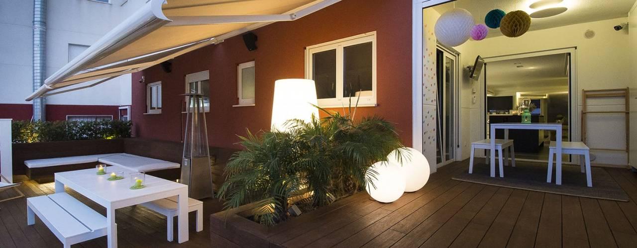 Iluminación Exterior y Paisajística: Jardines de estilo  de Luxiform Iluminación,