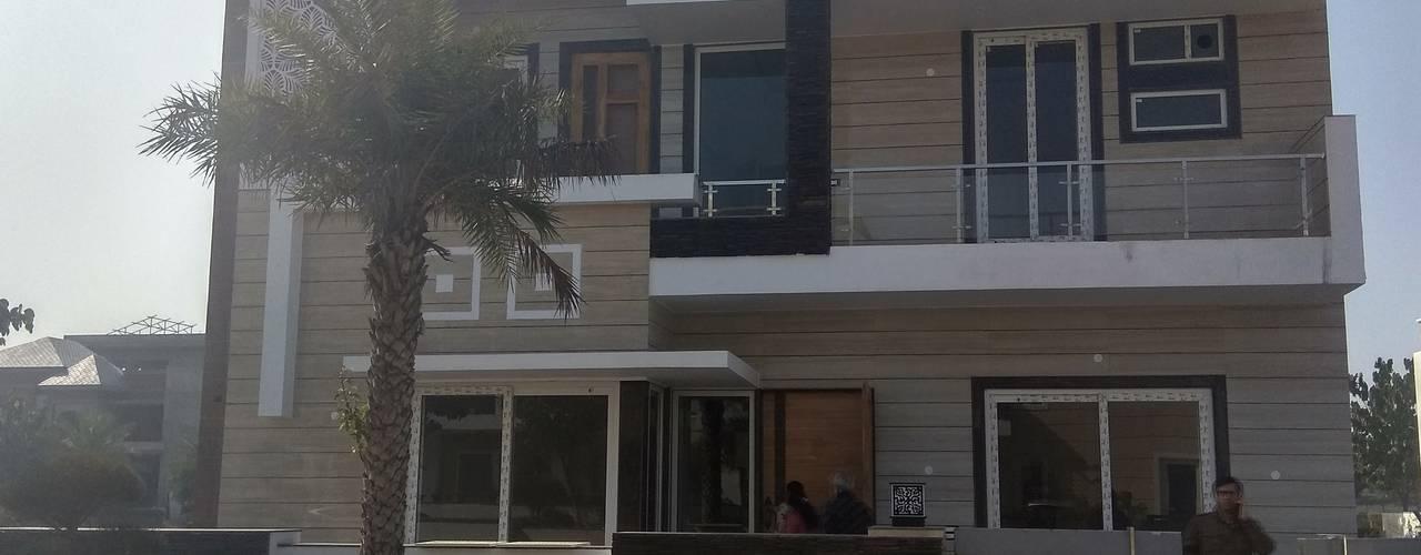 Villa:  Bungalows by Kapilaz Space Planners & Interior Designer