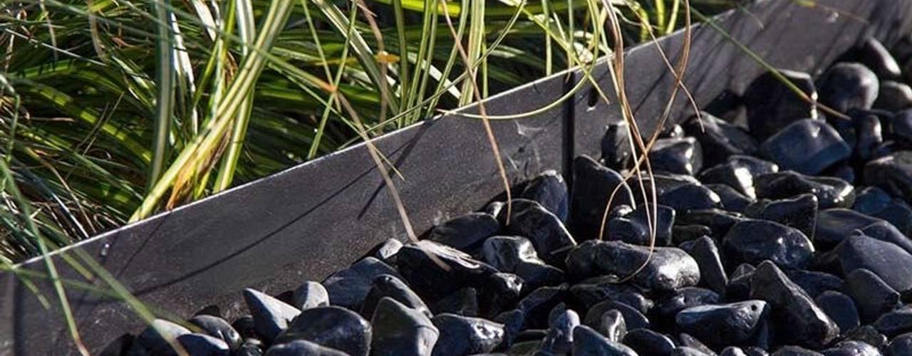 Rasenkante / Beeteinfassung Multi-Edge in schwarz Amagard.com - Gartenmaterialien Moderner Garten