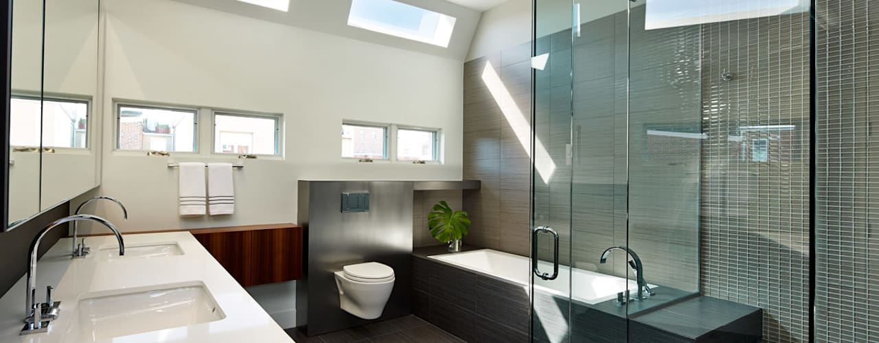 Corcoran House Modern Bathroom by KUBE architecture Modern