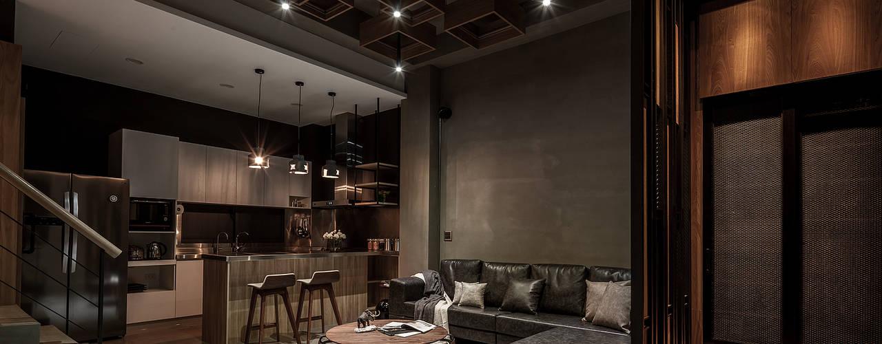流光 现代客厅設計點子、靈感 & 圖片 根據 漢玥室內設計 現代風