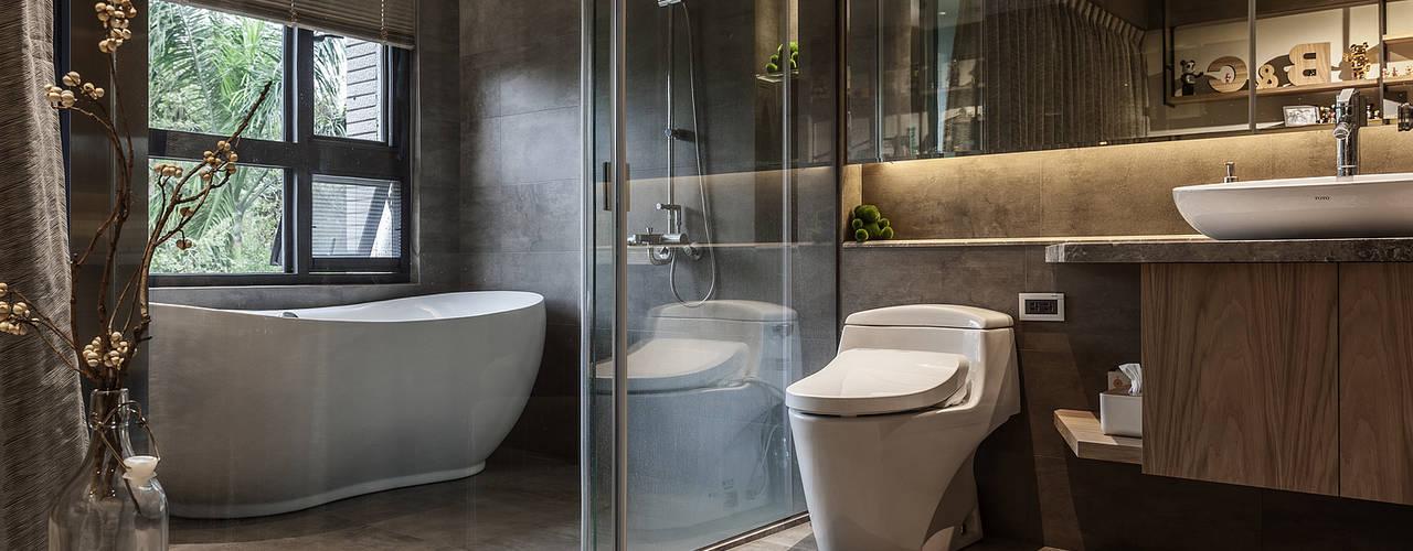 漢玥室內設計 Bagno moderno Marmo Grigio