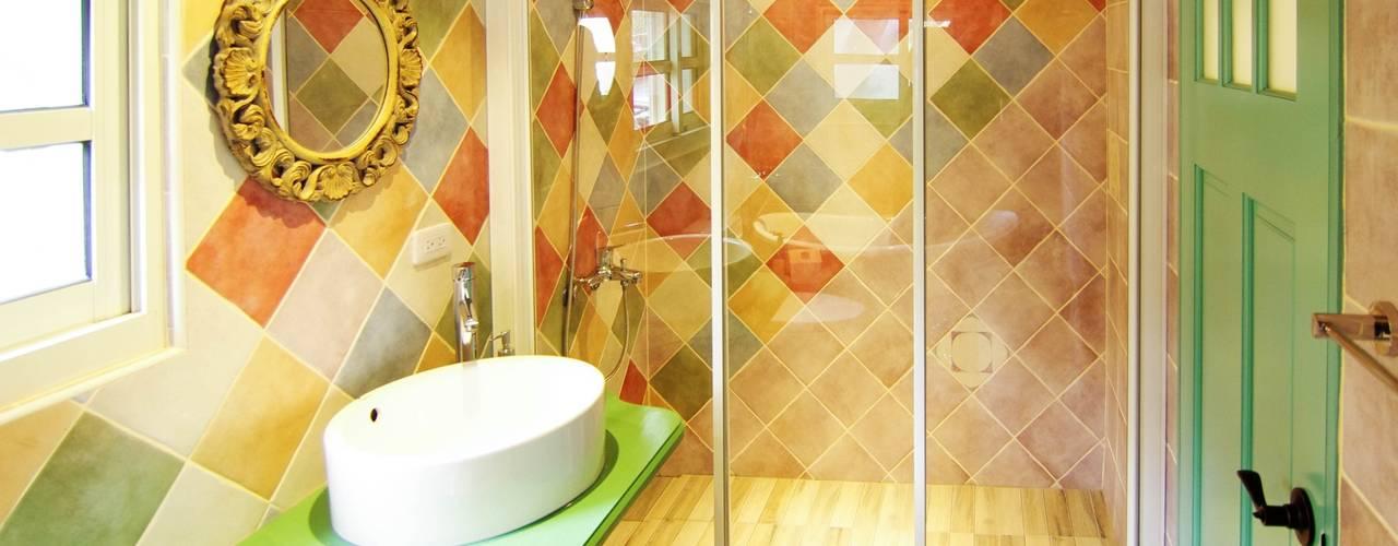 中圓泰 / 淋浴拉門 Modern Bathroom Glass