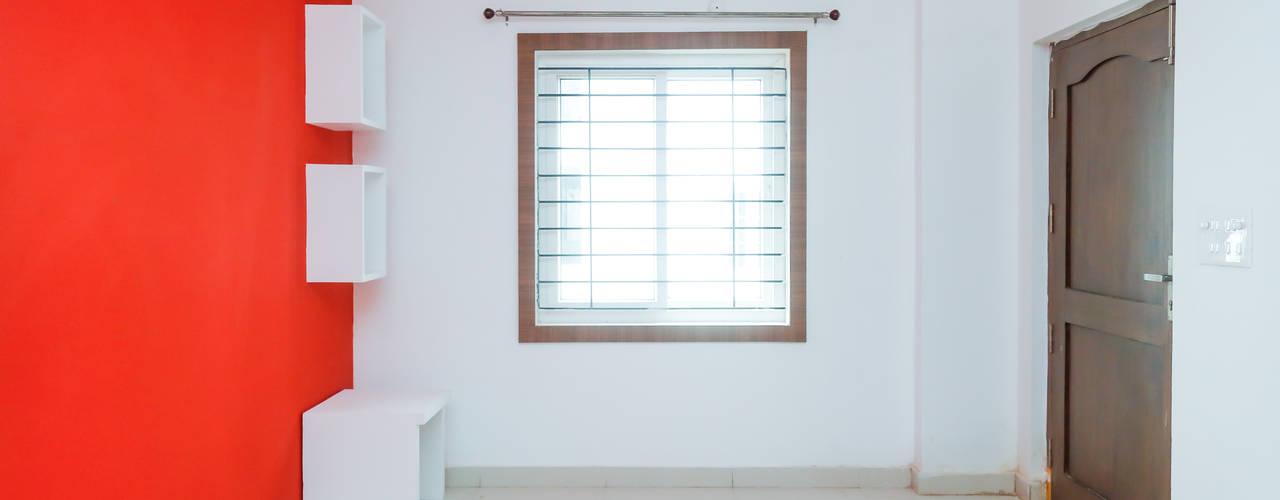 Ms. Shilpa Kondapur Site:  Living room by Ghar Ek Sapna Interiors