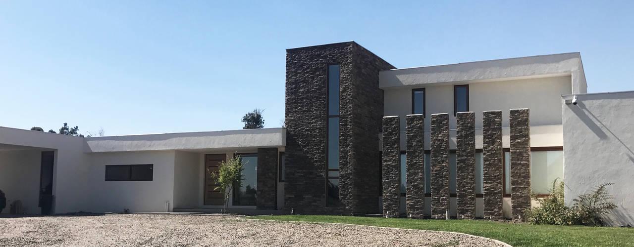 Casa Nogales Chicureo: Casas unifamiliares de estilo  por proyecto arquitek