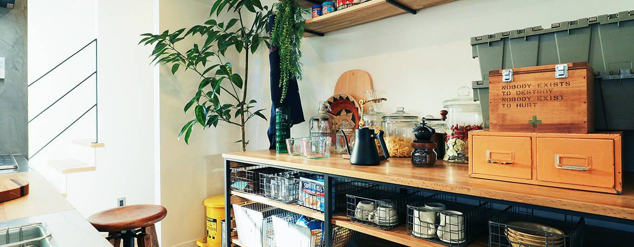アメリカンヴィンテージの家 オレンジハウス キッチン収納