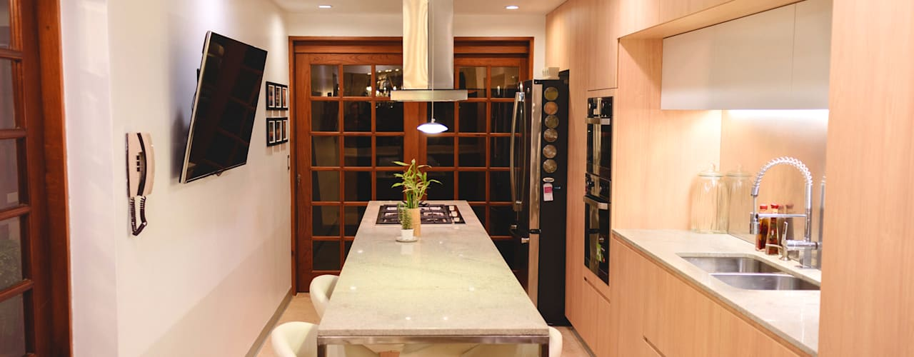 Chetecortés Built-in kitchens Wood effect