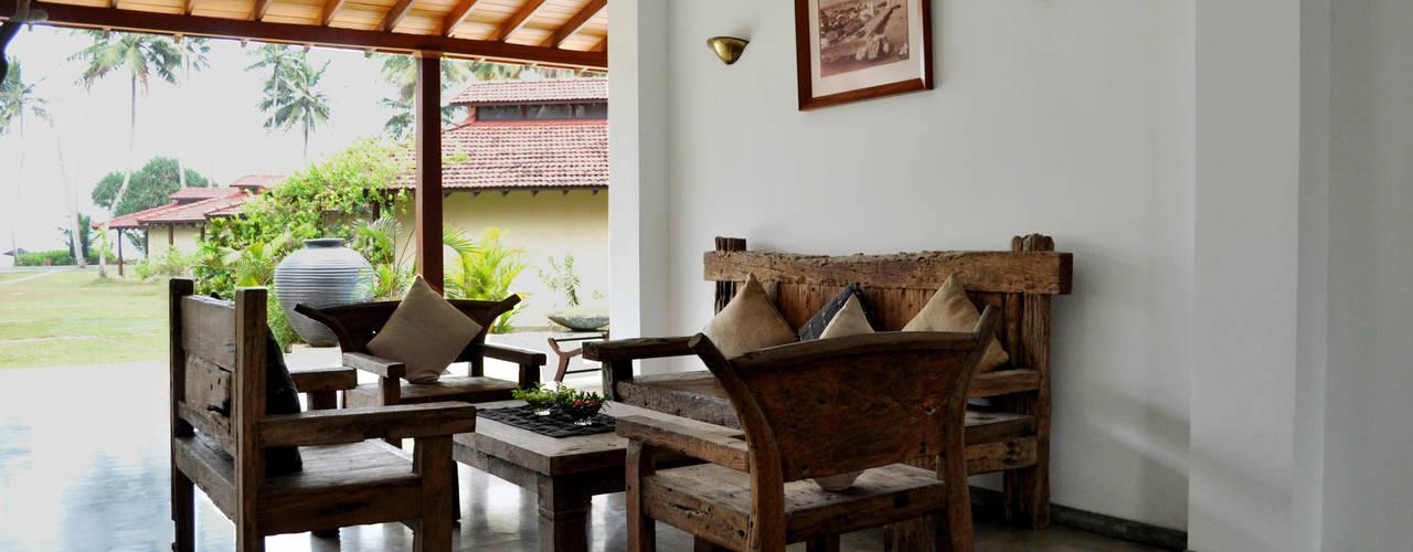 Weligama Bay Resort in Sri Lanka Interiordesign & Styling Koloniale Hotels Holz Braun